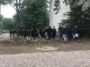 Феновете на Ботев вече се стичат към Коматево ВИДЕО