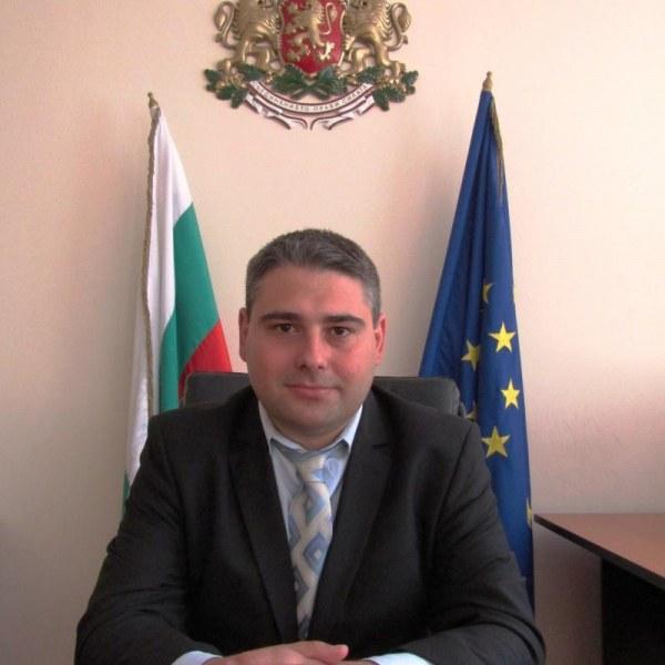 Губернатор спря по-солени данъци за колите в Шабла, Добрич и Балчик