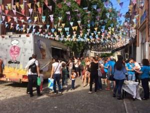 12 общности изкушават с вкусни специалитети в центъра на Пловдив