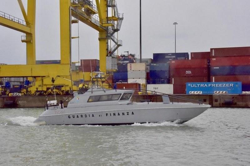 Италианската полиция хвана турски кораб, натоварен с хашиш за 50 млн.  евро