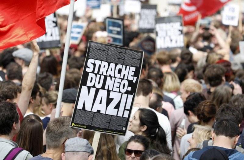 Корупционен скандал тресе Австрия, паднаха две оставки