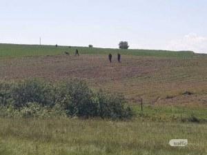 Намериха скривалище с 3 изхода край Костенец, вътре дрехи и храна!