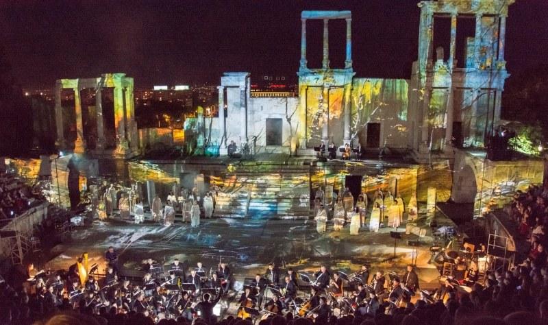 Deep Purple, Queen и Rolling Stones разтърсват Aнтичния театър в Пловдив