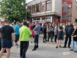 Жителите на Кърнаре отново на протест! Искат да бъдат бутнати ромските къщи