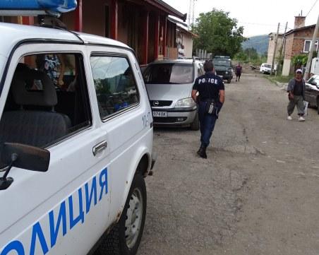 Пиян буйства, псува и удря полицай в Бяла Слатина, арестуван е