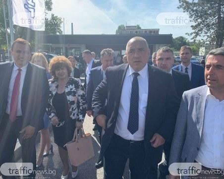 Бойко Борисов откри автозавод в Пазарджик, в който най-ниската заплата е 1100 лева