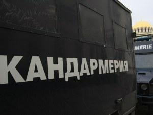 Униформен до униформен: Вечното дерби блокира София, слаб фенски интерес