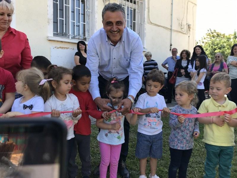 Нов и модерен детски кът радва децата на Войсил