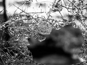 Игри на съдбата: Преди 2 г. бащата гине в ПТП, вчера майката, децата им – сираци