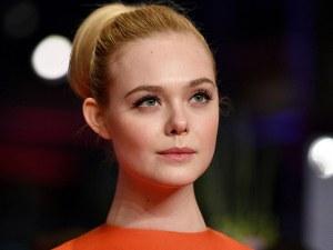 Актриса припадна заради прекалено тясна рокля на кинофестивала в Кан