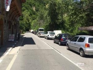 Автоблокада край Бачково, кога ще бъде пуснато движението?