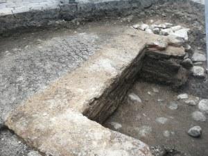 Уникална находка: Откриха античен гроб до