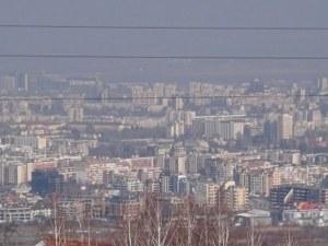 България на двата полюса – пустеещи жилища и претъпкани жилища