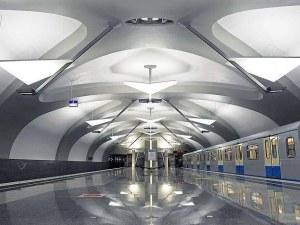 Блокада в московското метро! 1000 души останаха няколко часа в тунелите