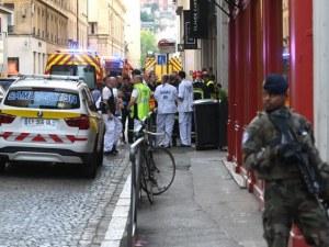 Мъж на колело оставил експлозивите в Лион, издирват го
