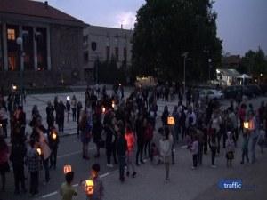 Талантливите деца на Перущица запалиха фенерчета за Празника на буквите
