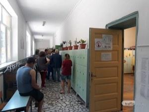 Над 10 000 души са гласували до 9.30 часа в Пловдив