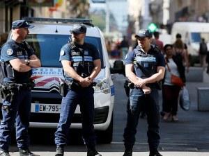 Вътрешният министър на Франция: Има задържан за атаката в Лион!