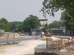 Пукнаха газопровод в Пловдив, полицията отцепи района