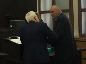 Екшефът на Онкото в Пловдив, обвинен за щети за хиляди лева, отново на съд