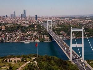 Незапомнени жеги мъчат Истанбул