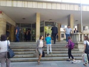 За по-малко от час: Претърсиха сградата на съда в Пловдив, бомба няма