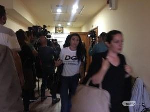 Маринела Арабаджиева остава в ареста! В съда през сълзи тя заяви, че е невинна