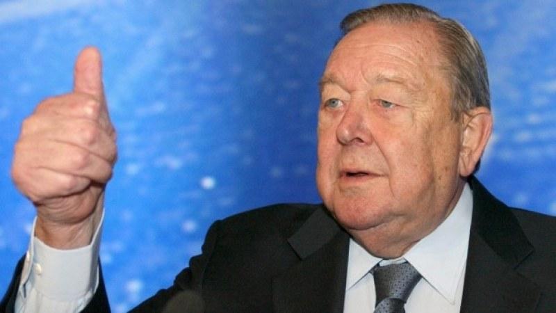 Почина бившият шеф на УЕФА Ленарт Йохансон