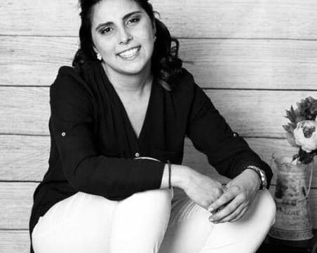 Мария Звездева  от Шумен е сервитьорката, издъхнала от инфаркт на 21 години