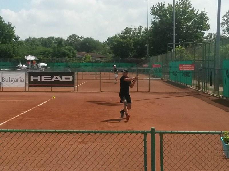 Мико на полуфинал в Пловдив след трудна победа