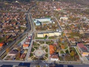 Най-високата работна заплата е в Челопеч – средно 2 178 лева