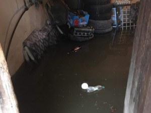 Два язовира преляха край Стражица, обявиха бедствено положение