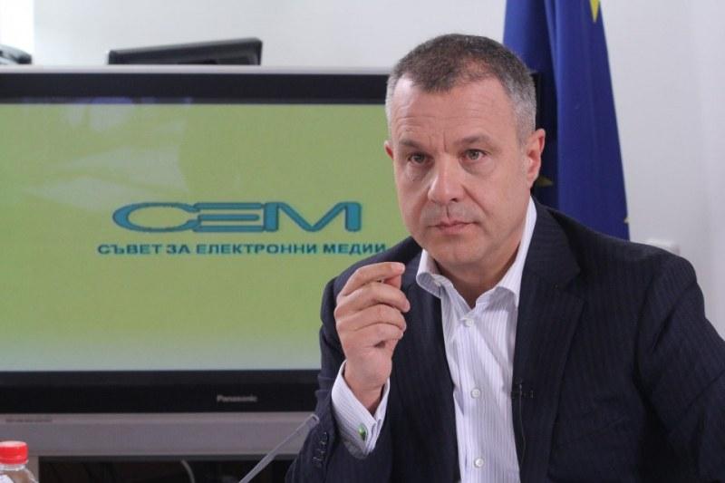 Кошлуков призна: БНТ е пред фалит, борчовете гонят 44 милиона!