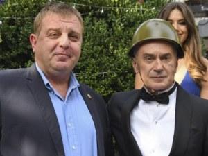 Каракачанов плаши Сидеров: Ще го взема войник, да ходи на учение!