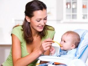 3 храни, които по-добре да не давате на детето си - може да е фатално!