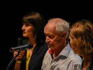 Носителят на малък Нобел Хюс Кайер: Приятел ми отреди съдбата на писател