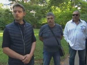 Родителите твърдят: Момчетата с бутафорните оръжия – бити от полицаи?