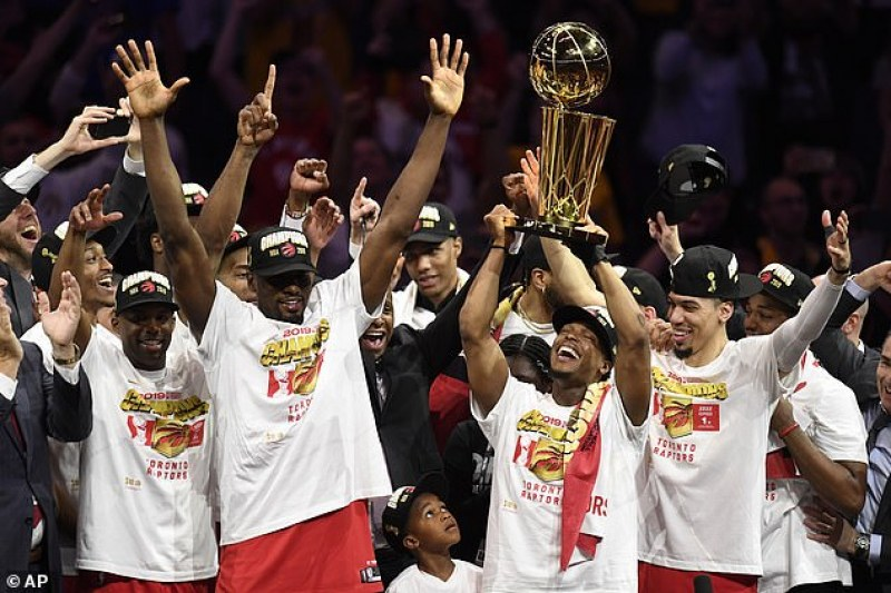 Торонто с историческа титла в НБА