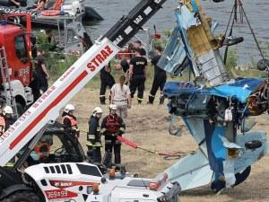 Самолет падна в река в Полша, пилотът е загинал