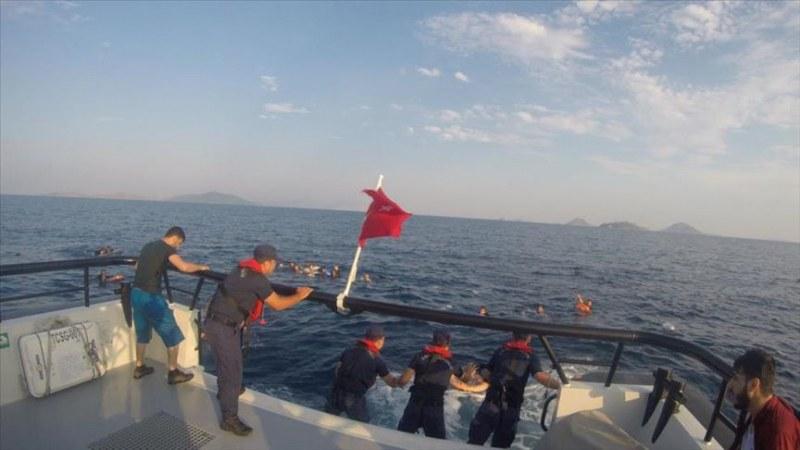Лодка с мигранти се преобърна край Бодрум. Загинали са 8 души