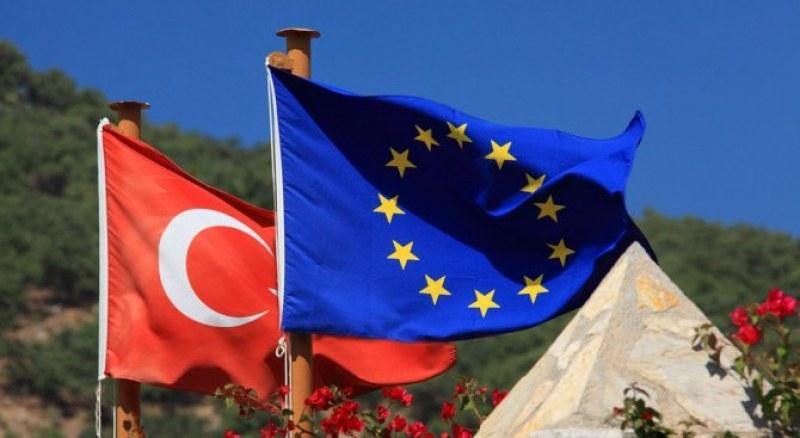 Ще замрази ли ЕС преговорите за митнически съюз с Турция?