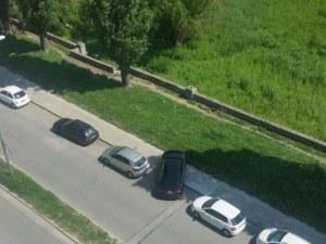 Нова мода: Паркиране по диагонал в Пловдив