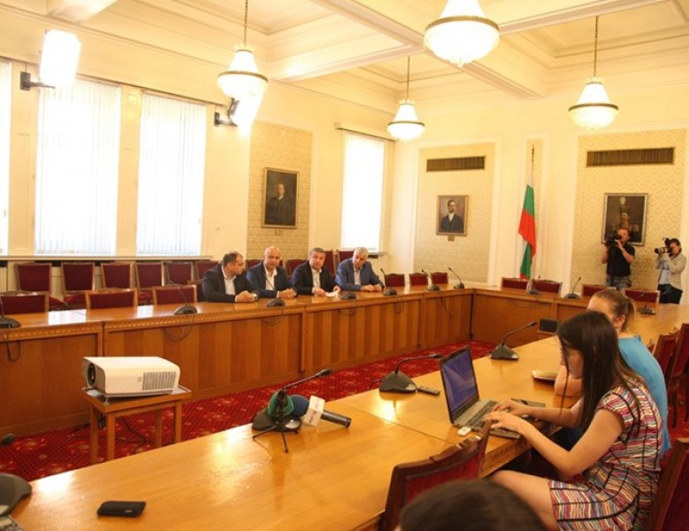 Фалстарт на консултациите на БСП за субсидиите: Патриотите не дойдоха