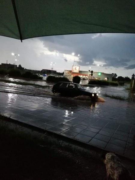 Търговище се събуди под вода, подпорна стена рухна от стихията