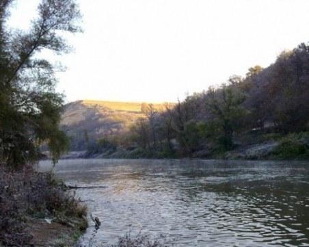 15-годишен тийнейджър се удави в Огоста, водолази го извадиха