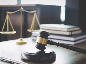 Цацаров иска отстраняването на прокурора, пребил свидетелка в Самоков