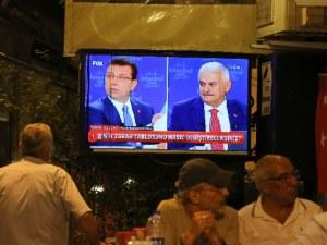 Истанбул в очакване: Имамоглу или Йълдъръм? Кой ще спечели изборите в мегаполиса?