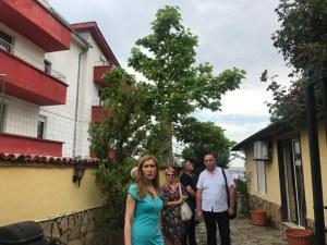 След кошмарна детска екскурзия: Ангелкова запечатва къща за гости в Свети Влас