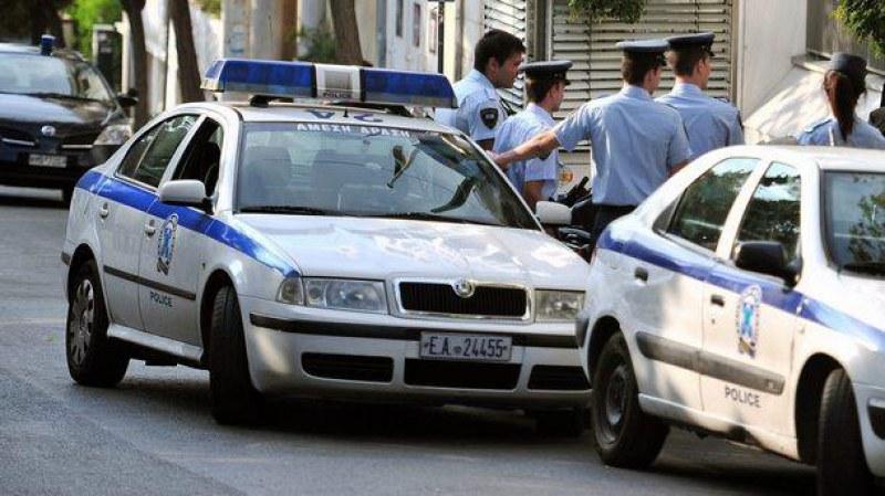 Внимавайте къде паркирате в Гърция! Свалят номерата и прибират €80 глоба