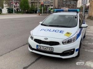 Незаконни гонки, ударени коли и побой в пловдивско село